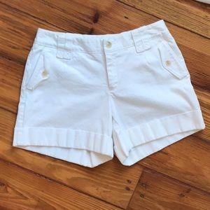 BANANA REPUBLIC White Cuffed Shorts Martin Fit